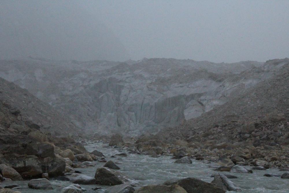 Gaumukh ice glacier - The source of the divine river Ganga (Ganges)